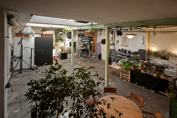 http://www.neuerordner.ch/files/gimgs/7_mietstudio-fotostudio-basel-raum-mathias-stich_v2.jpg